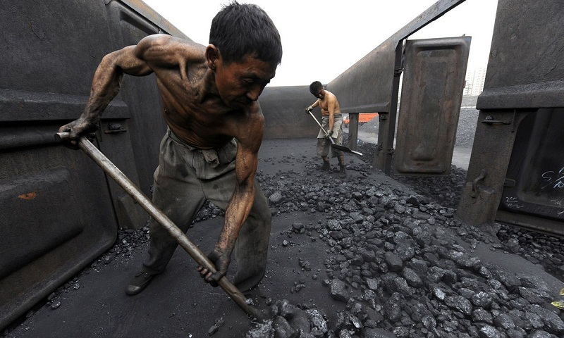 Global demand for coal falls in 2016 for second year in a row