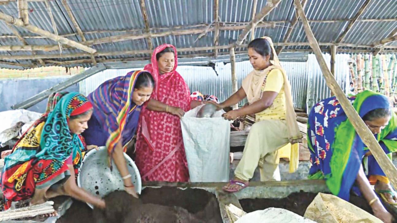 'Organic village' of female farmers