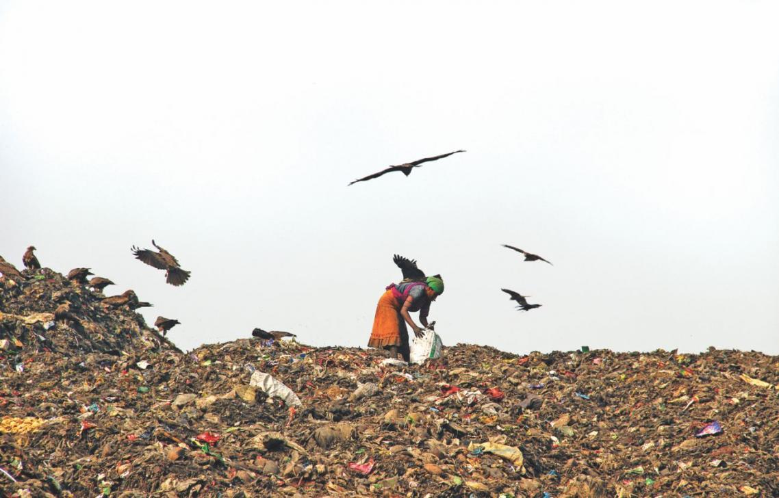 Dhaka Aminbazar landfill threatening the environment and human health